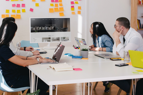 aproveite as vantagens de ter como parceira uma fábrica de software.
